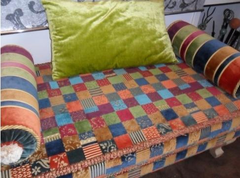 Tappezzeria monaco rivestimenti per divani tendaggi for Tappezzeria per divani